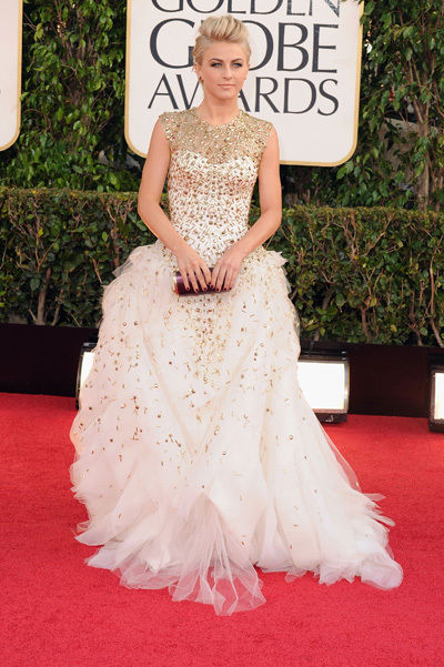 julianne_hough_golden_globes_2013_sexy_gold_white_gown_18f6gvc-18f6h1c